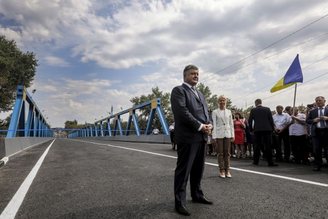 In front of the reconstructed bridge. 22 August, Izium of Kharkiv region, PRESIDENTIAL ADMINISTRATION OF UKRAINE