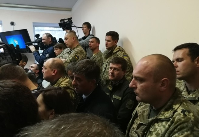 More people in military uniform than those with cameras OLEG TVERD
