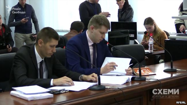 Prosecutor Roman Symkiv says that the complaint of Martynenko's lawyer is putting pressure on prosecution of the case