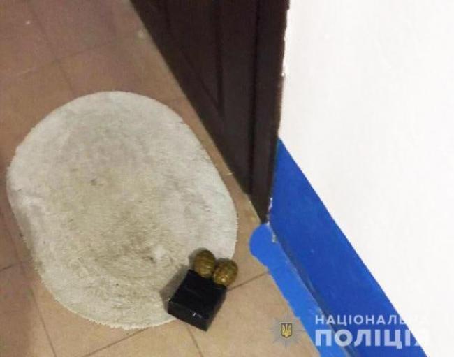 Вибухівка під квартирою матері Віталія Шабуніна
